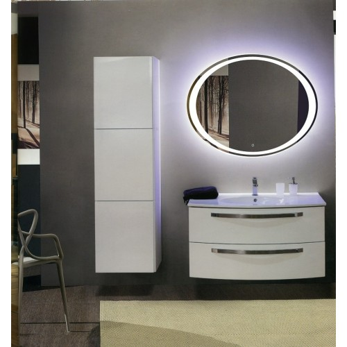 Овальное зеркало с подсветкой в ванной Кредо